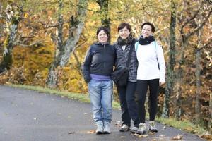Gruppo di amiche all'escursione alla Madonna del Faggio